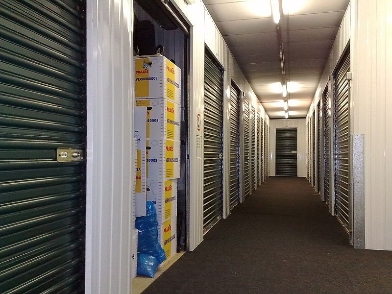 atlanta moving company self storage units